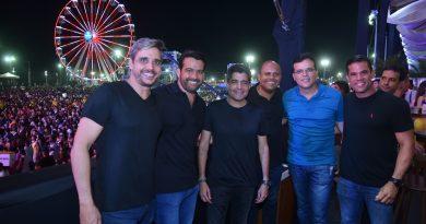 Resultado de imagem para ACM Neto espera recorde de público no Festival Virada Salvador
