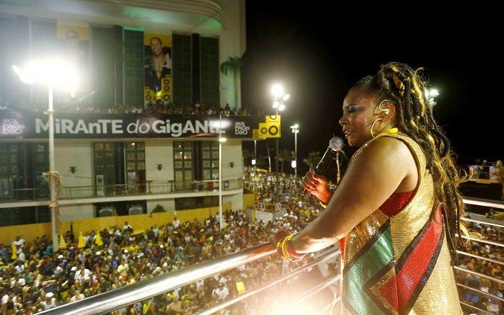 Margareth Menezes faz homenagem aos 40 anos do bloco afro Olodum