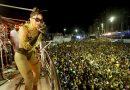 Anitta anima folião pipoca no Circuito Dodô