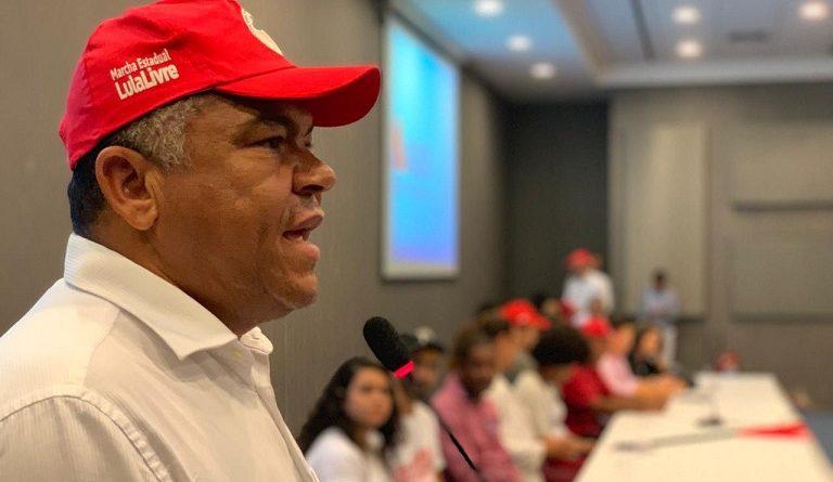 """Valmir: """"Bolsonaro volta a atacar políticas de reforma agrária extinguindo cargos do Pronera"""""""