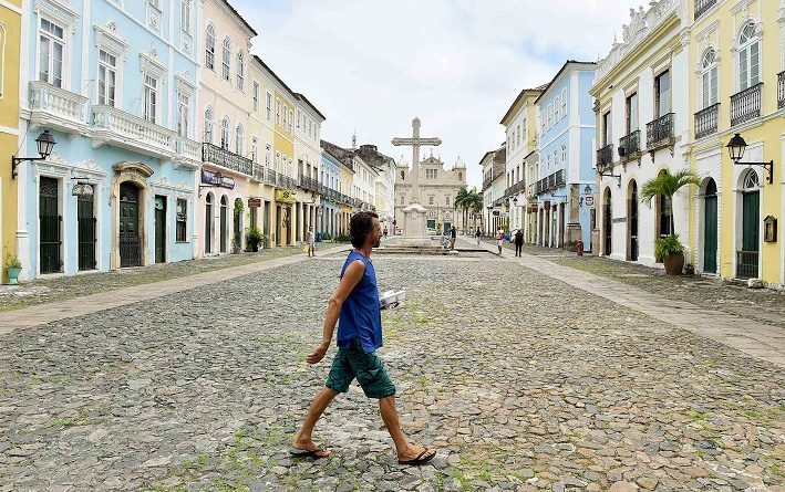 Prefeitura de Salvador oferece três mil refeições por dia para moradores de rua