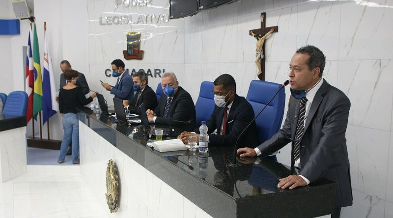 Vereadores de Camaçari discutem projetos de lei para enfrentamento da Covid-19