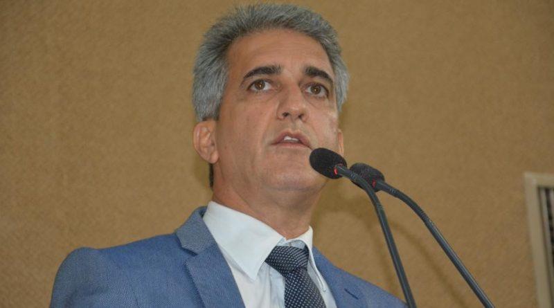Robinson sugere bônus de energia da Coelba para pequenas empresas da economia solidária