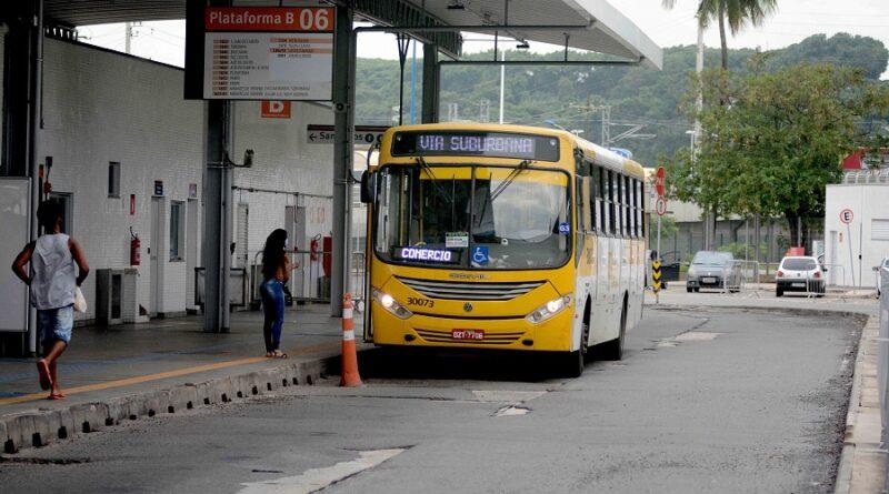 Bahia tem mais 20 municípios com transporte suspenso; total chega a 247