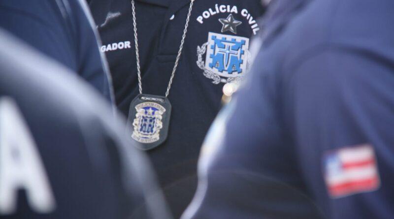 Foragido se entrega após ser incluído no Baralho do Crime