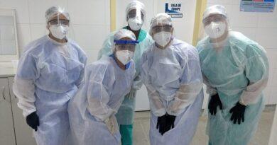 Fundação José Silveira faz treinamentos para profissionais de saúde voltados ao atendimento aos pacientes com Covid-19