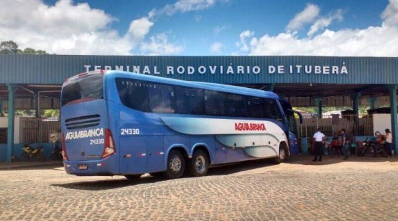 Bahia tem mais cinco cidades com transporte suspenso; total chega a 356