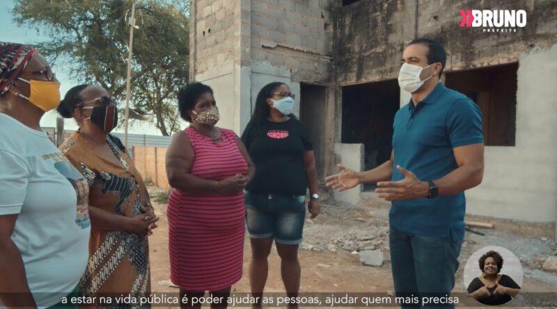 Em programa eleitoral, Bruno Reis destaca retomada de conjunto habitacional abandonado no Subúrbio