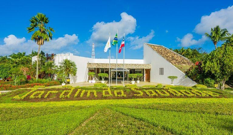 Finados: Jardim da Saudade celebra missa virtual e amplia horário de visitação