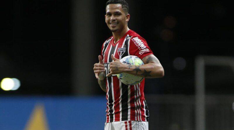 Com show de Luciano, São Paulo vence Bahia e encosta no Atlético-MG