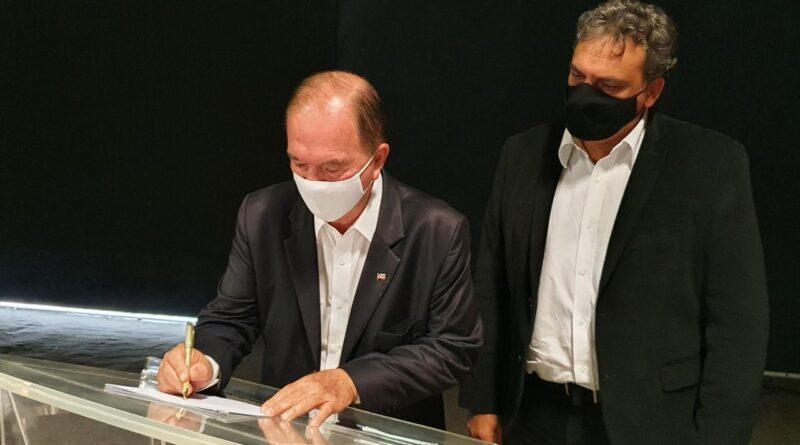 Governo baiano e Univasf firmam parceria para projetos na região do São Francisco