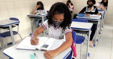 Aulas 100% presenciais na rede estadual de ensino começam na próxima segunda-feira